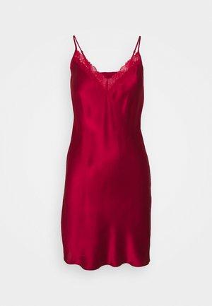 MILKY NUISETTE - Koszula nocna - rouge