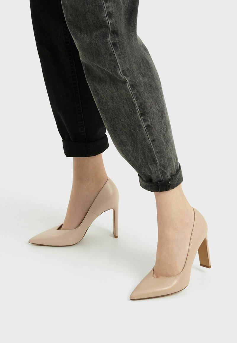Bershka - High heels - beige