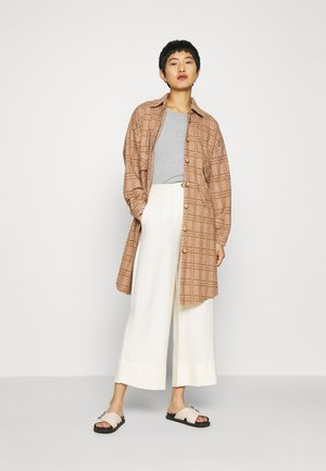BRYLEIGHLN - Classic coat - incense melange