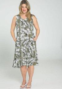 Paprika - Day dress - khaki - 1