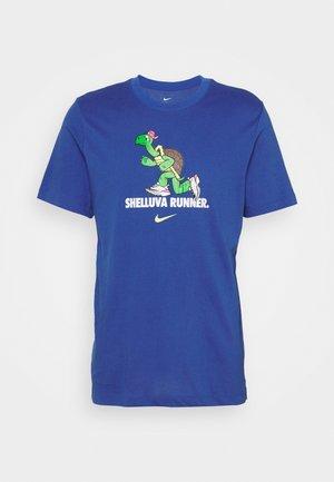 DRY TEE RUN - Camiseta estampada - game royal