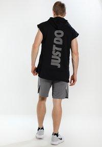 Nike Performance - DRY SHORT - Sports shorts - grey - 2