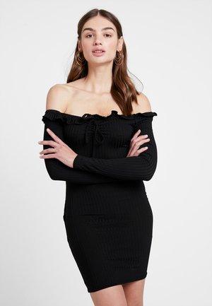 GO BARDOT TIE - Pouzdrové šaty - black