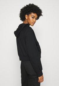 Nike Sportswear - AIR HOODIE - Kapuzenpullover - black/white - 2