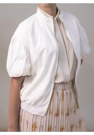 Korte jassen - blanco