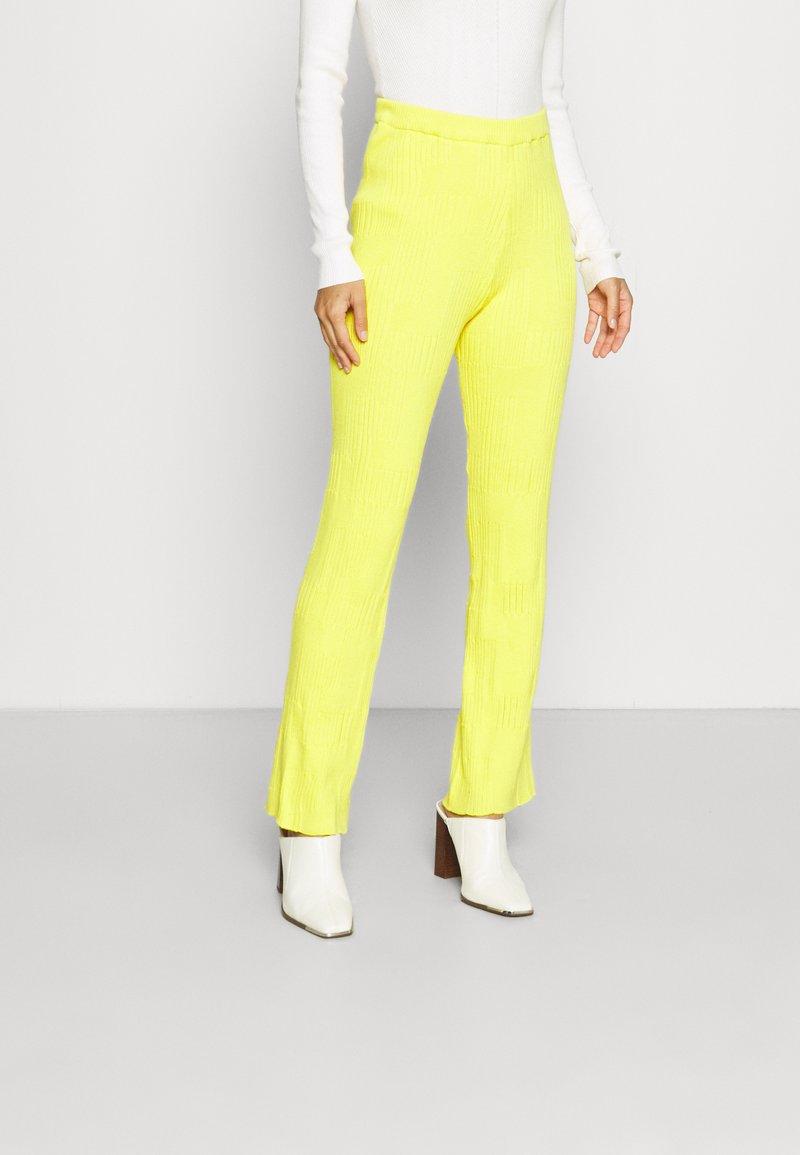HOSBJERG - DORTHEA PANTS - Kalhoty - yellow