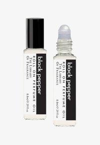 The Library of Fragrance - ROLL ON PERFUME  - Eau de Parfum - black pepper - 0