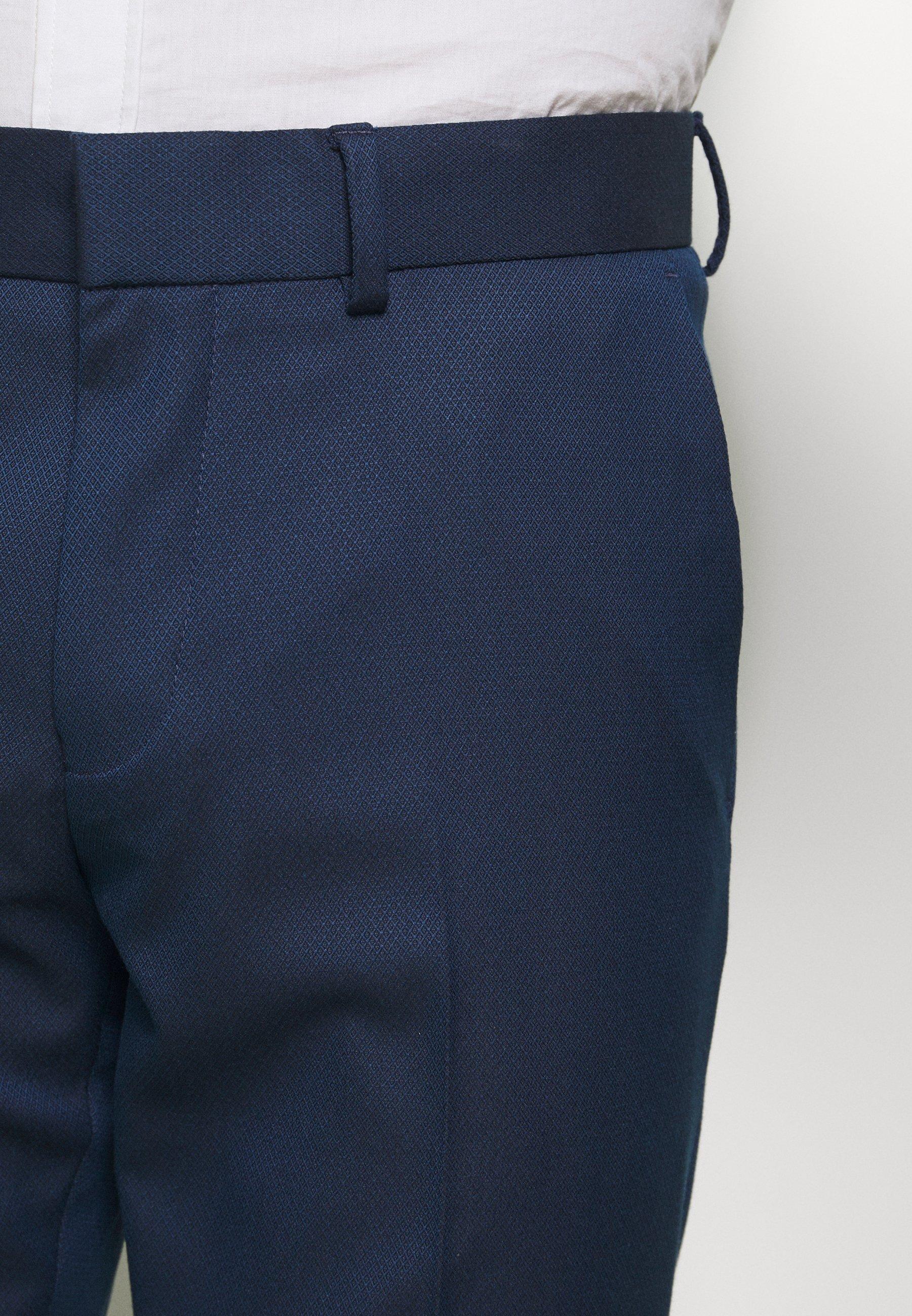 Myymälä Miesten vaatteet Sarja dfKJIUp97454sfGHYHD Isaac Dewhirst Puku dark blue