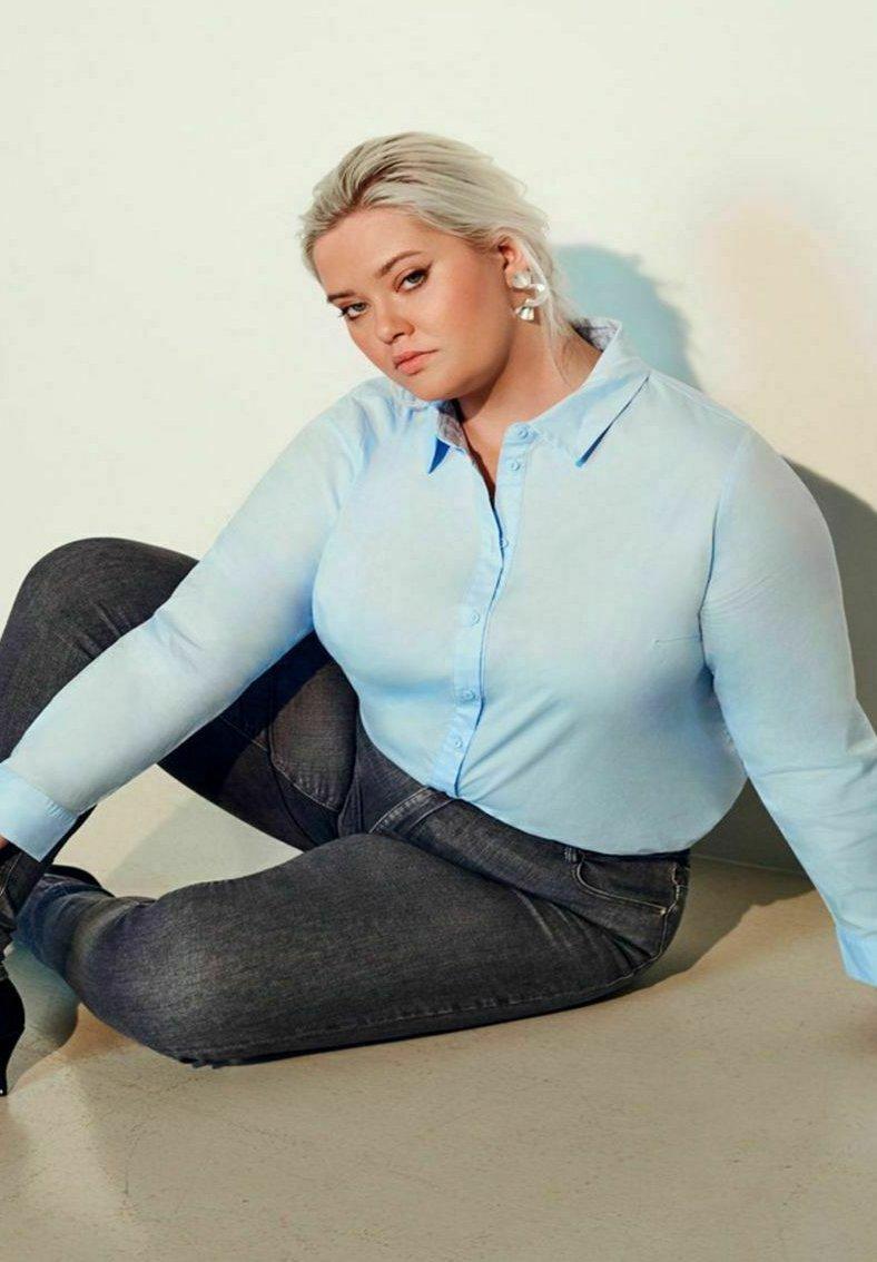 Damen CURVY KLASSISCH - Hemdbluse