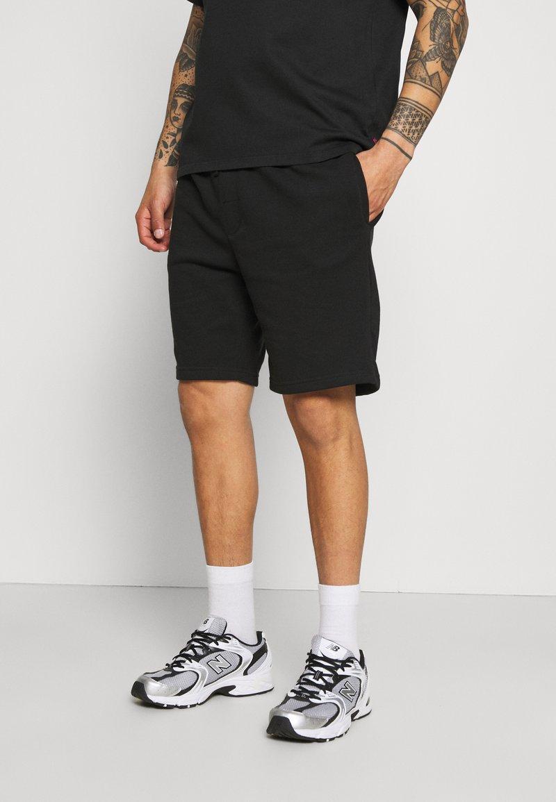 Brave Soul - TARLEY - Shorts - jet black