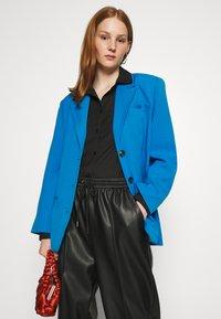 Gestuz - LINDA - Blazer - french blue - 3