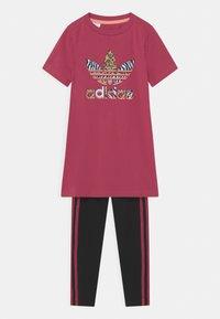 adidas Originals - SET - Legging - wild pink/black - 0