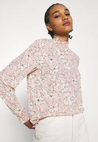 Vila - VIDOTTIES NEW SMOCK - Long sleeved top - misty rose/white - 3