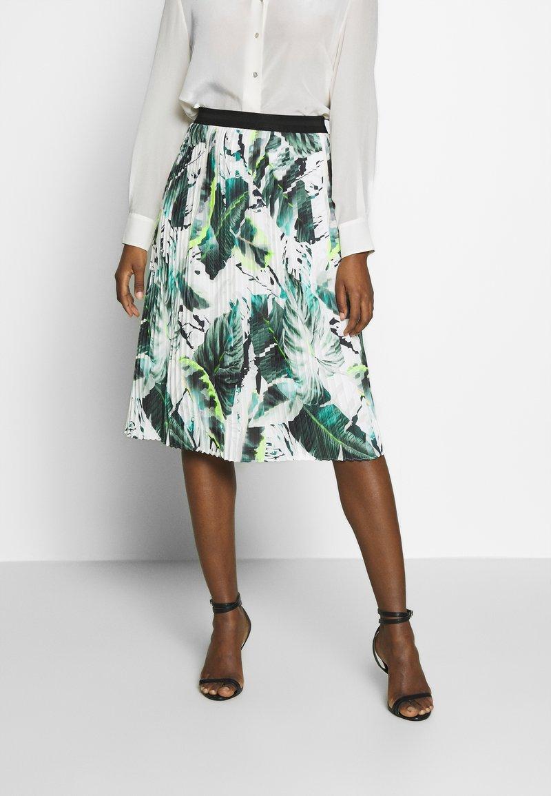 Betty & Co - A-line skirt - white/green