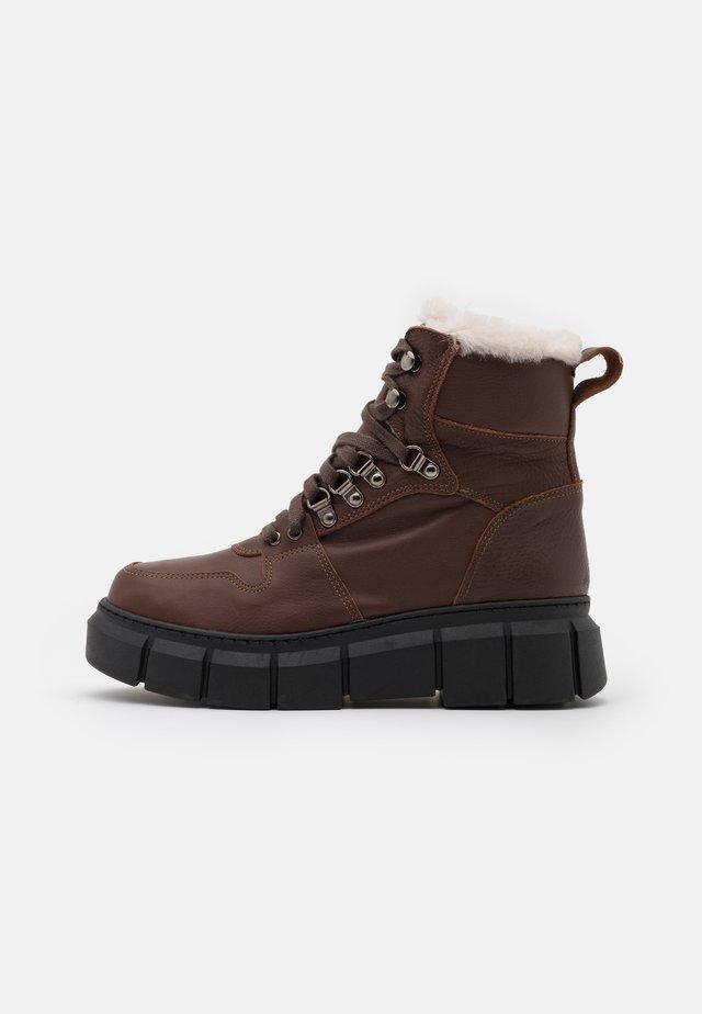 STREET - Platform ankle boots - atenea capuchino