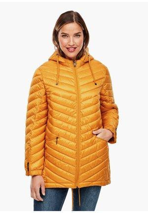Winter coat - curcuma