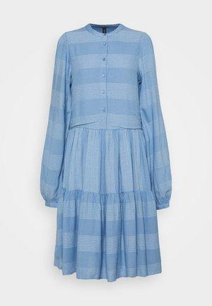 YASLAMALI SHIRT DRESS - Korte jurk - silver lake blue