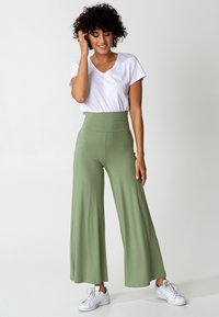 Indiska - LILLEMOR - Trousers - green - 5