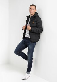 Urban Classics - BASIC BUBBLE JACKET - Veste d'hiver - black - 1