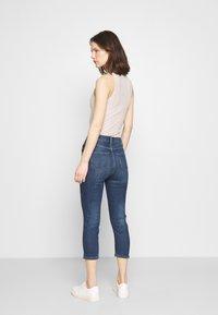 Marks & Spencer London - CROPPED - Jeans Skinny Fit - dark blue denim - 2