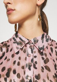 Milly - LEOPARD STRIPE BUTTON UP - Button-down blouse - pink multi - 3