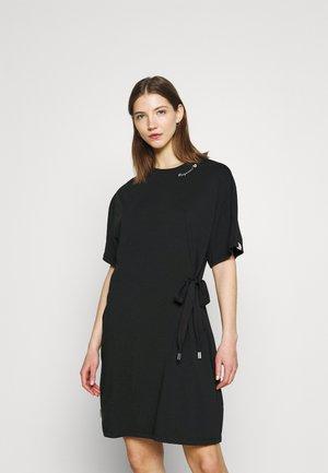 FANYA - Žerzejové šaty - black