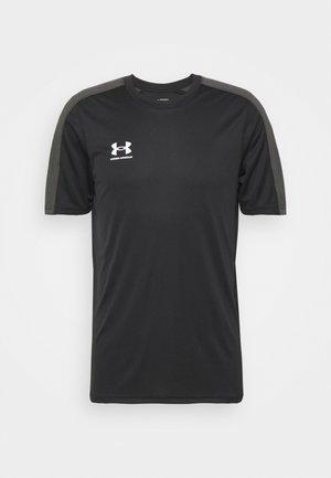 CHALLENGER TRAINING - Camiseta estampada - black/white