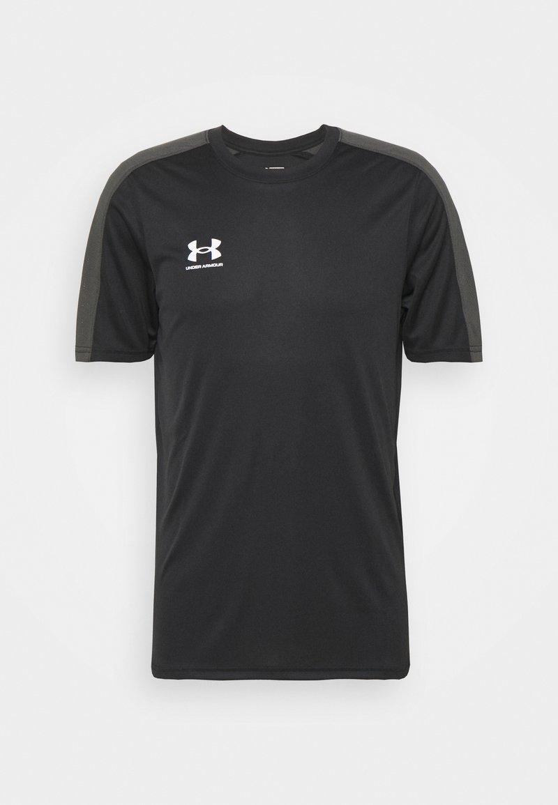 Under Armour - CHALLENGER TRAINING - T-shirt z nadrukiem - black/white