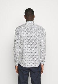 Jack & Jones PREMIUM - JPRBLAOCCASION MINIMAL SLIM FIT - Camisa - white - 2