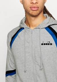 Diadora - CUFF SUIT CORE SET - Trainingsanzug - light middle grey melange - 7