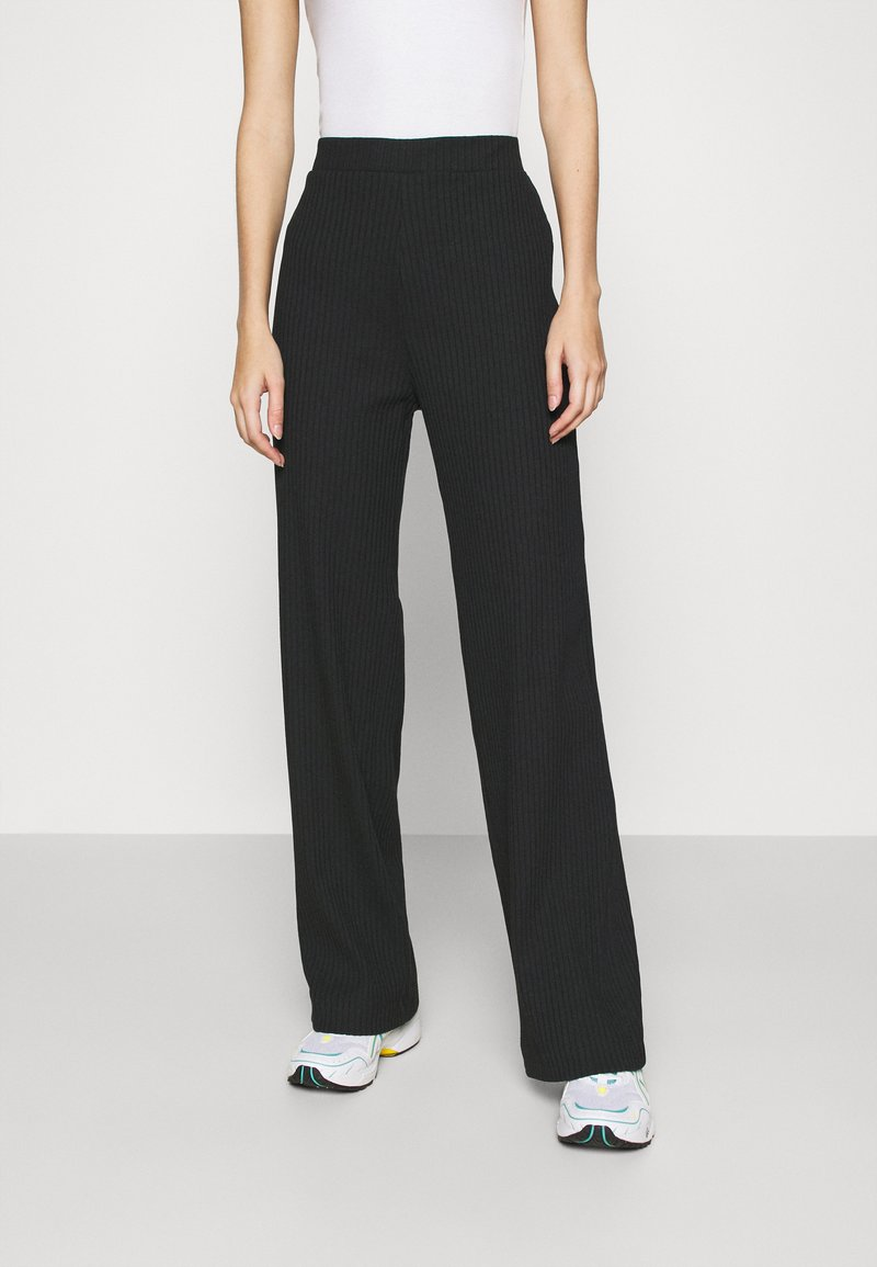 Monki - CLARA TOUSERS - Pantaloni - black