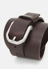 Calvin Klein - ESSENTIAL PLUS FACETED - Belt - brown - 2