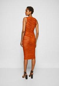 Hervé Léger - ASYMMETRIC DRAPED DRESS - Cocktail dress / Party dress - cognac - 3