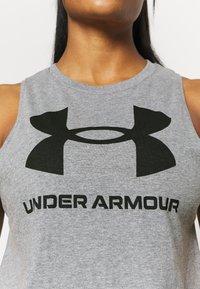 Under Armour - SPORTSTYLE GRAPHIC TANK - Camiseta de deporte - pitch gray light heather - 4