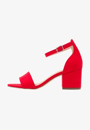 Sandals - light red