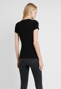Guess - SLIM FIT - Print T-shirt - jet black - 2