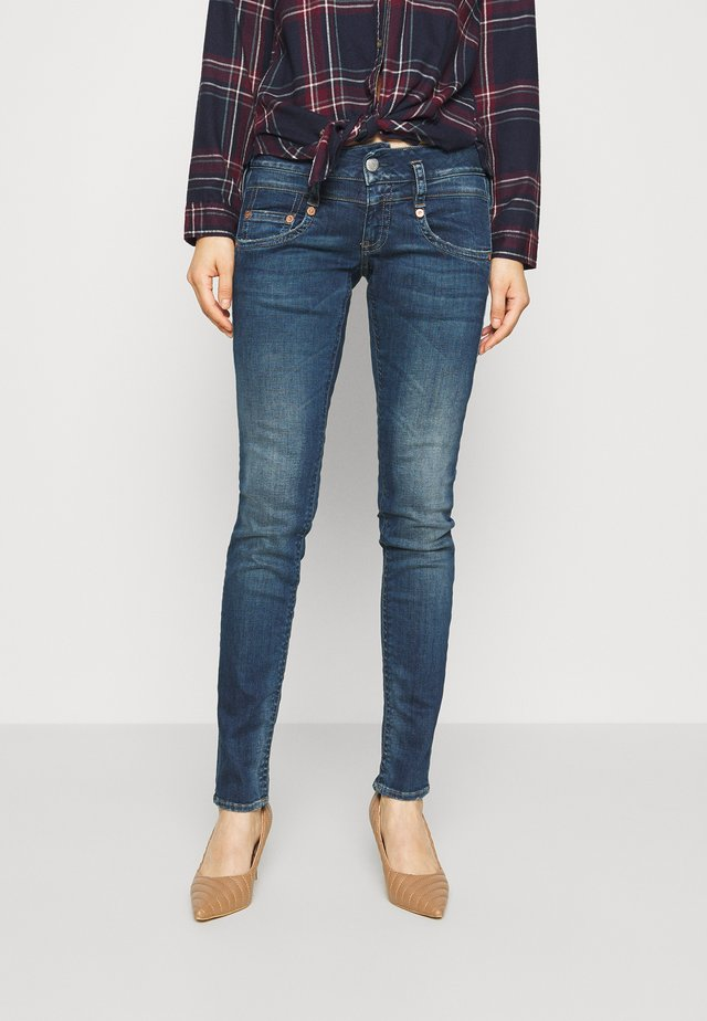 PITCH SLIM COATED STRETCH - Slim fit jeans - gloomy