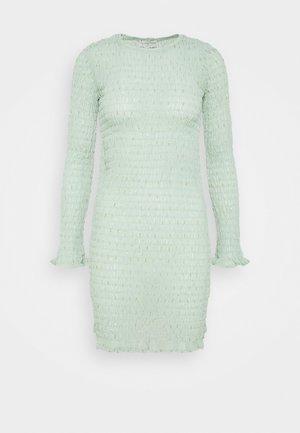 SHIRRED EGGSHELL MINI DRESS - Denní šaty - eggshell