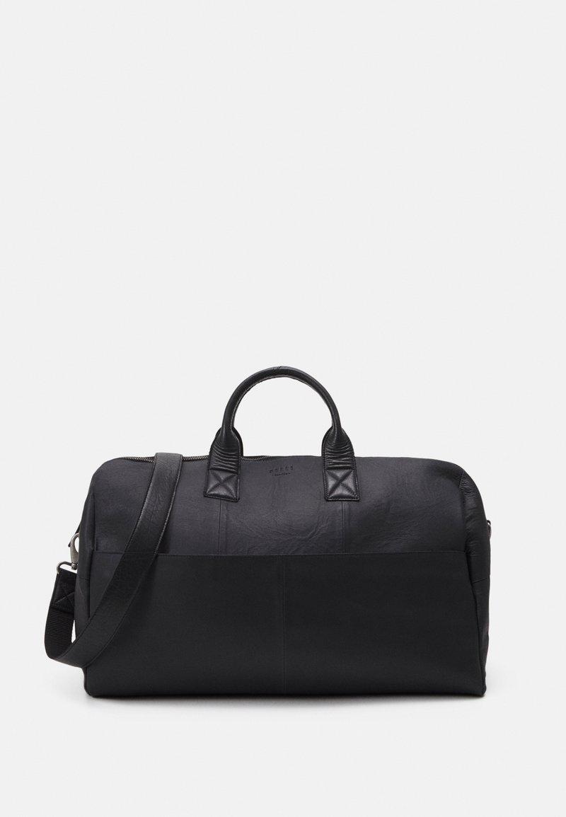 Still Nordic - STORM - Weekend bag - black