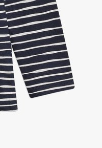 Zalando Essentials Kids - 3 PACK - Langærmede T-shirts - peacoat - 5