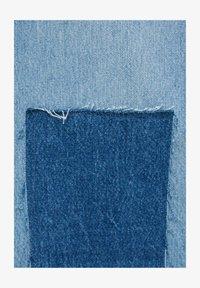 PULL&BEAR - MIT PATCHWORK - Jeans straight leg - blue - 5