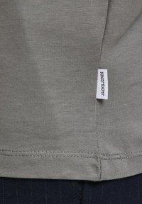 Jack & Jones - T-shirt basique - sedona sage - 6