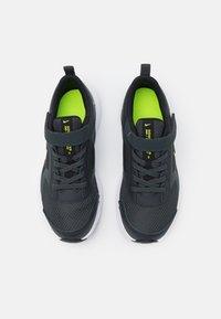 Nike Performance - DOWNSHIFTER 11 UNISEX - Hardloopschoenen neutraal - dark smoke grey/volt/black/white - 3