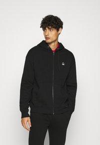 Benetton - ZIP HOODIE CREW NECK - Zip-up hoodie - black - 0