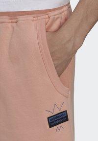 adidas Originals - ABSTRACT - Shorts - dust pink - 4