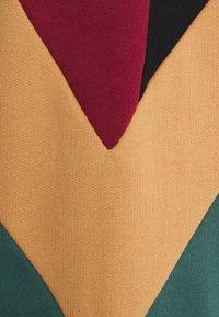 Kaotiko - UNISEX CREW DOWNTOWN - Sweatshirt - multicolor - 6