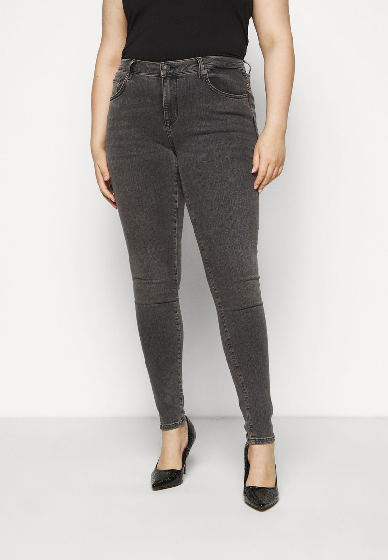 Selected Femme Curve - SLFINA SMOKE  - Jeans Skinny Fit - black denim