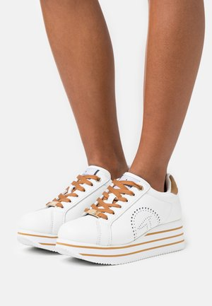 ERIKA  - Trainers - white