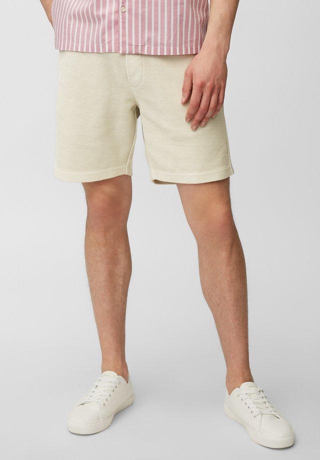 Shorts - distant grey