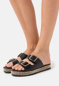 New Look - IDRIS - Pantofle - black - 0